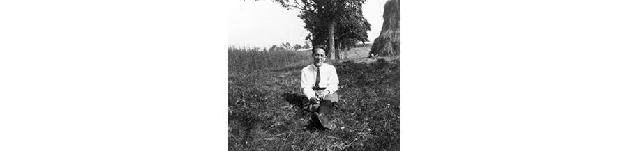 Nr. 107 Karl Amadeus Hartmann im Alter von 22 Jahren. Ort und Datum unb. Foto privat © Karl Amadeus Hartmann-Gesellschaft